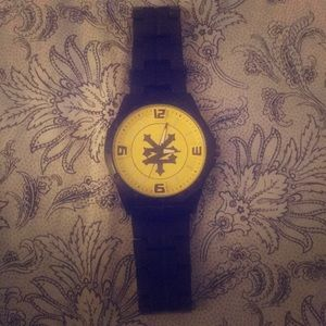 Zoo York black with yellow face watch